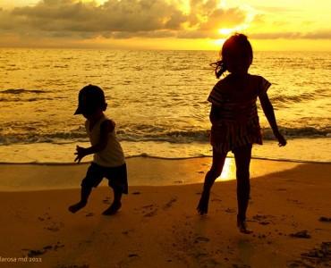 kids in sunset