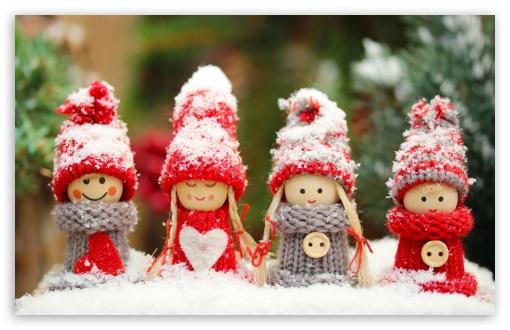 christmas_dolls-wallpaper