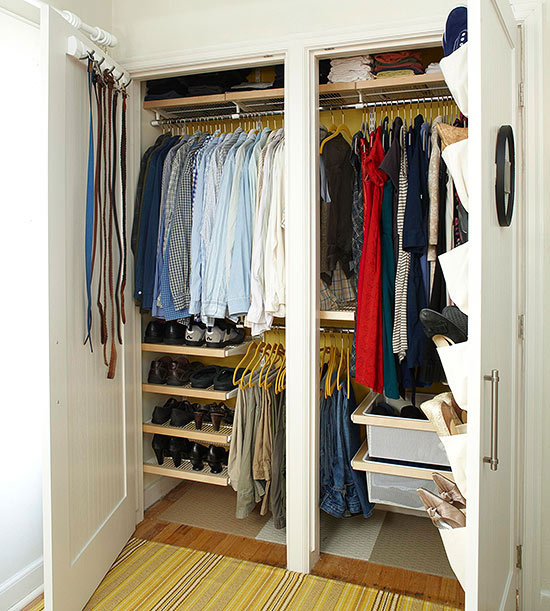Top 12 life hacks for your clothing closet wiproo for Clothes hanging ideas for small spaces